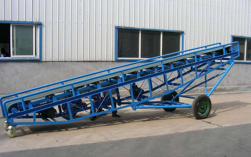 The Application and Structure of Portable Belt Conveyor